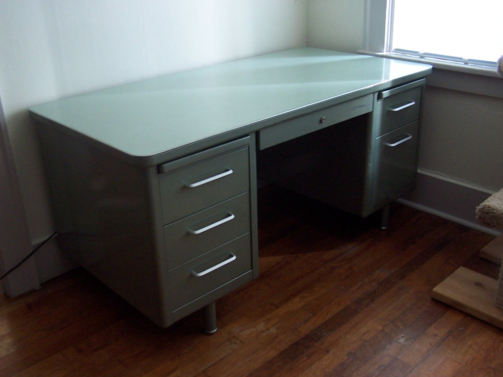 greencleandesigns clean used kc product steelcase desks tanker green black desk designs com city kansas