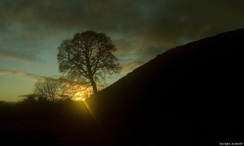 Last Light at Dowth | by tullyallenp