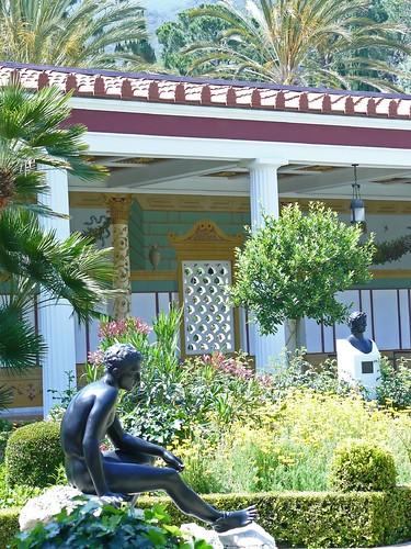 Outer peristyle garden at the getty villa 13 for Outer garden