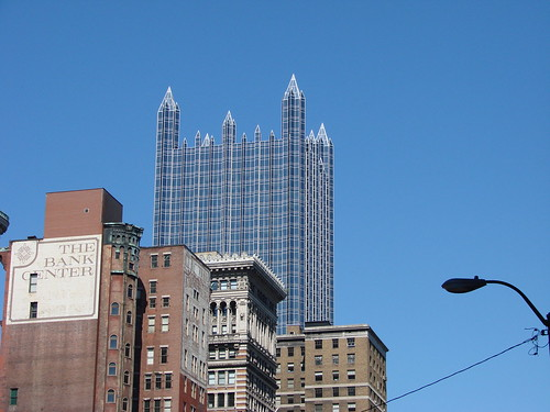 2008-05-24 Pittsburgh 025 Forbes Avenue, PPG Building | by Allie_Caulfield