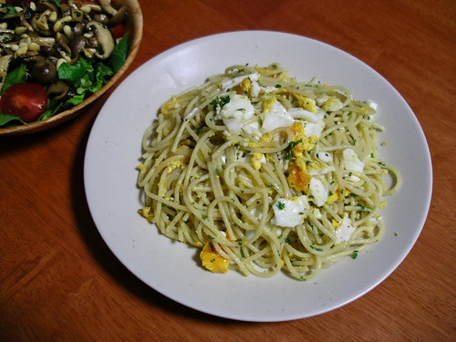 Spaghetti with fried eggs | by Blue Lotus