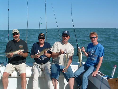 Lake erie walleye fishing monroe mi mike novak and for Weekly fishing report mi