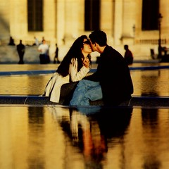 France - Paris - Louvre - Kissing Couple | by Darrell Godliman