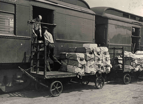 Loading Mail Onto Railway Post Office Car Description