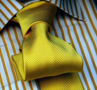 The yellow tie | by jmvnoos in Paris