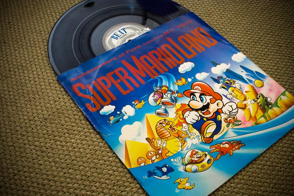 Les OST de vos jeux en vinyles 2741447887_86cc972c51_b
