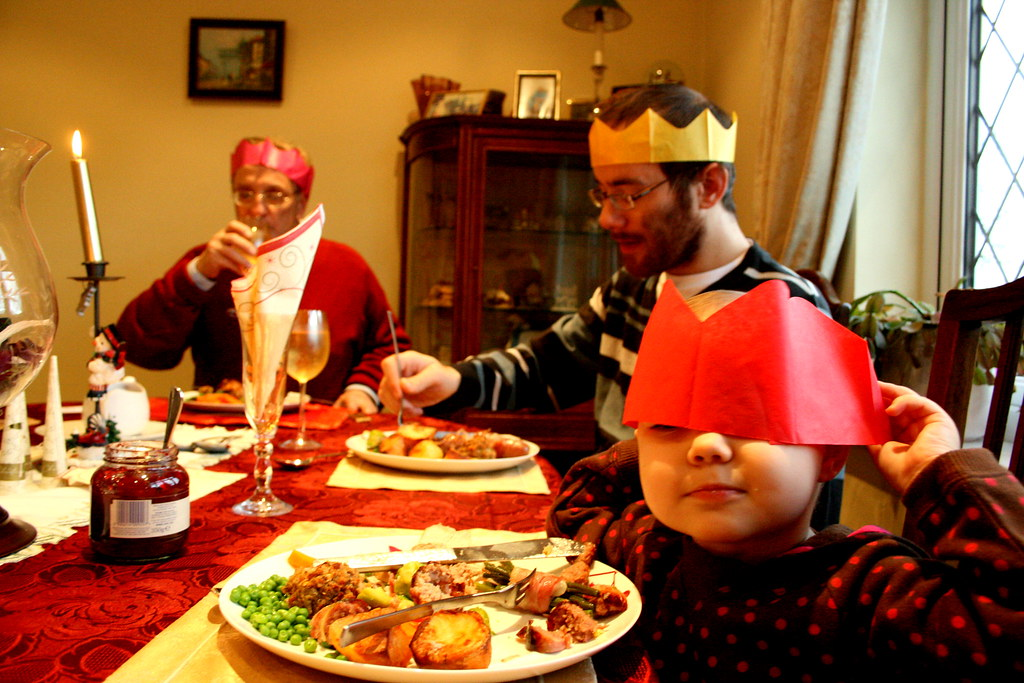 an english christmas dinner complete with paper crowns by barbara