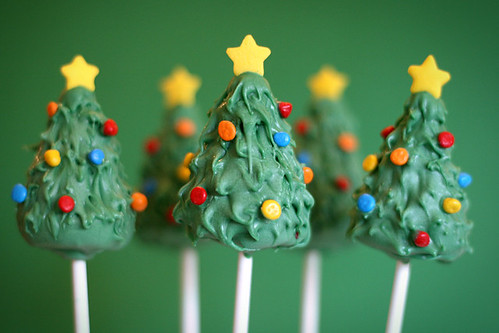 Christmas Tree Cake Pops | by Bakerella
