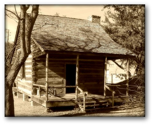 Old alabama log cabin old alabama town montgomery al for Log cabin builders in alabama