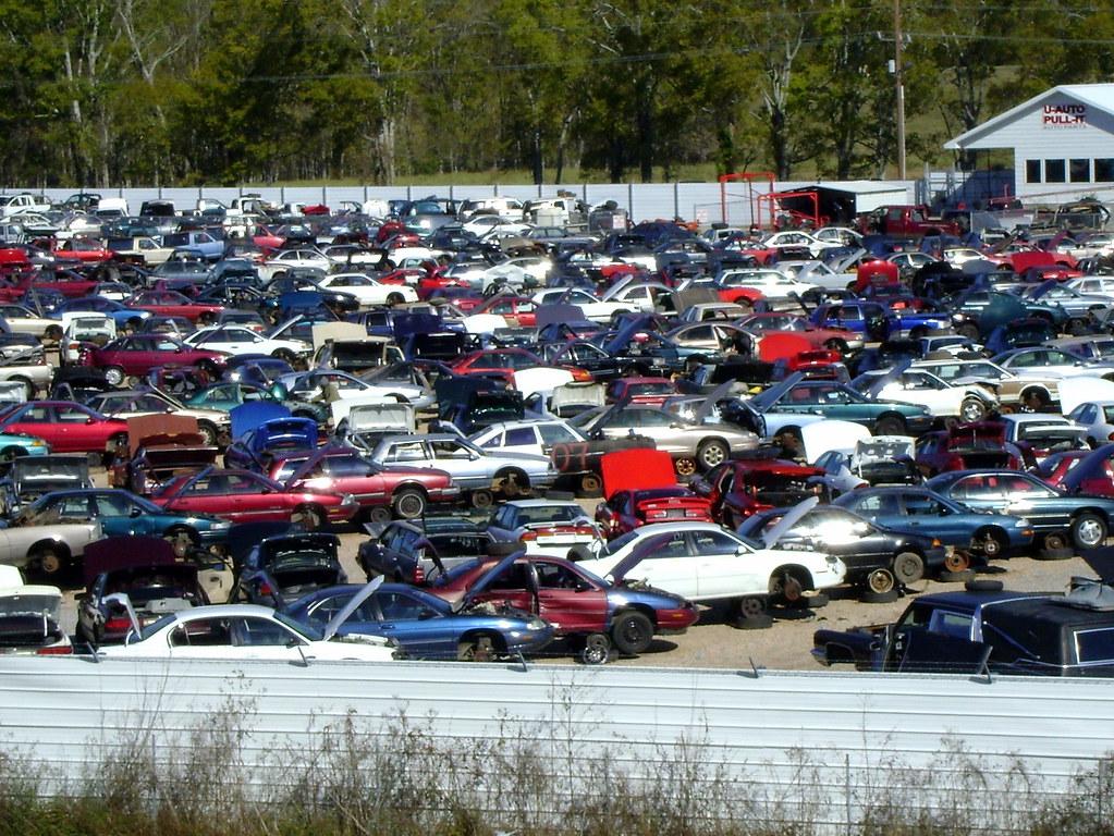 Junk Cars | Junk car lot near Alexandria, Louisiana ------ P… | Flickr