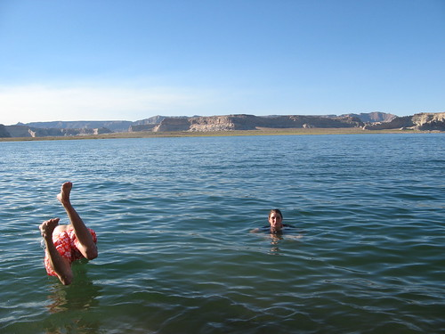 how to get to inland lake powell