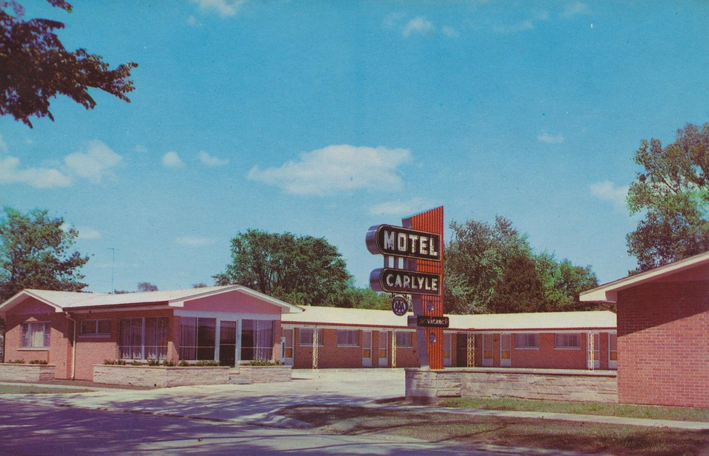 Motel Carlyle - Carlyle, Illinois