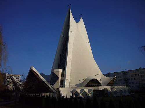 God's Mercy church in Kalisz [1977-1993], architect:? | by wojtek filip