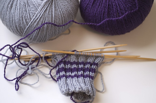 beginnings of norwegian mittens | by jrcraft