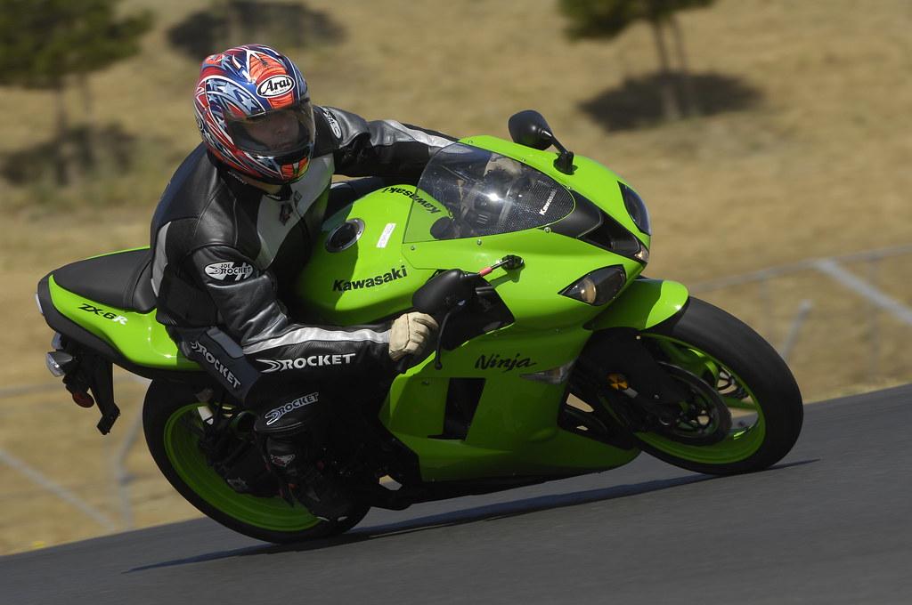2008 Kawasaki Ninja ZX6R, Infineon Raceway | Doing laps on t… | Flickr
