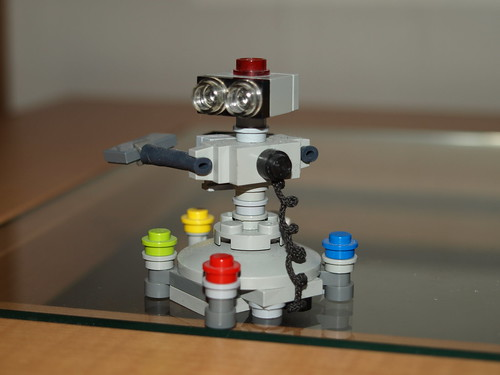 New and improved R.O.B. | by Lego guy