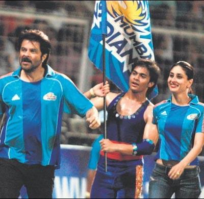 Tashan Team at Mumbai Indians IPL match | More on IPL ...