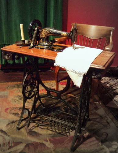 Victorian Sitting Room Designs