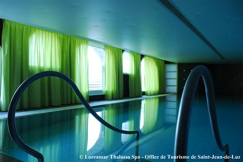 Piscine loreamar thalasso spa office de tourisme de sa flickr - Office tourisme saint jean de luz ...
