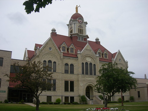 Oconto County Courthouse | by jimmywayne