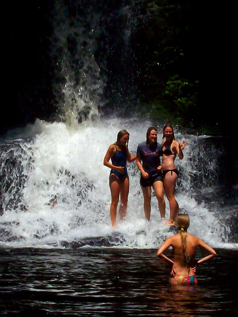 Girls waterfall pics 24