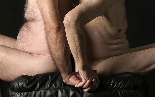 Les garons avec les hommes et les hommes gais plus gs