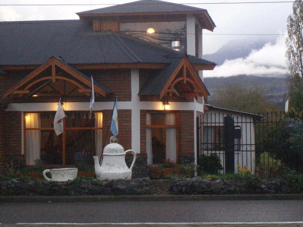 Trevelin tea shop