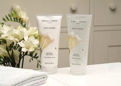Kenneth Turner White Flowers Shower Gel And Body Lotion Th Flickr