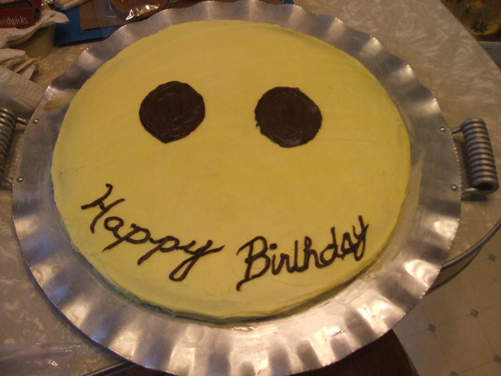 Uncle Jims Smiley Face Birthday Cake El Flickr