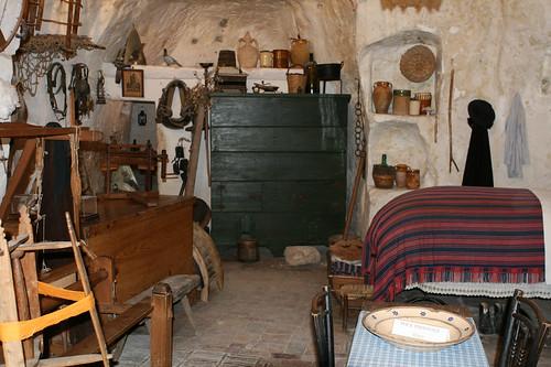 matera interno di una casa dei sassi vista www