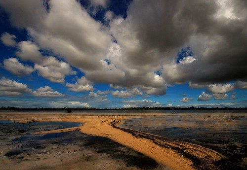 LAKE SIDE - PERTH - WESTERN AUSTRALIA | by Wiffsmiff23