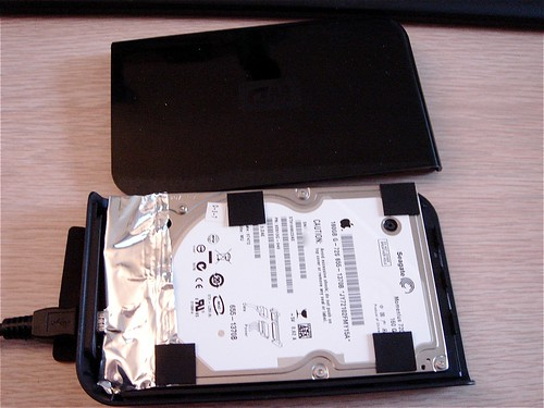 how to clean macbook pro hard drive free