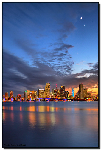 Tonight, For One Show Only... It's the Moon, Venus and Jupiter High Above Miami | by Fraggle Red