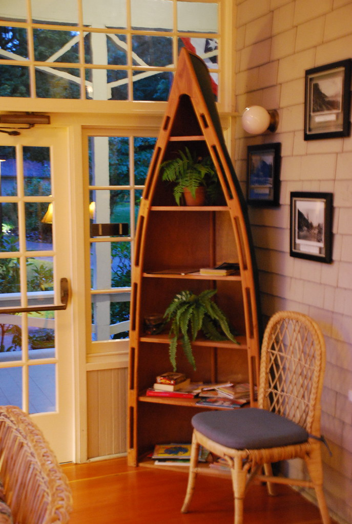 canoe bookshelf on the porch at lake crescent lodge olymp flickr