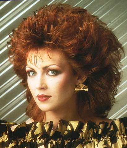 80s hairstyle 35