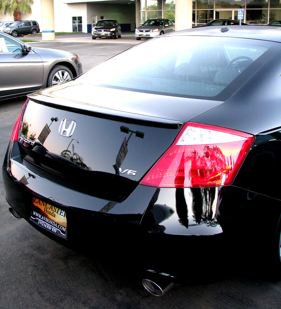 ... 2009 Honda Accord Coupe V6 | By Rennett Stowe