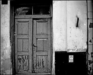 Doors Attention | by jotemel