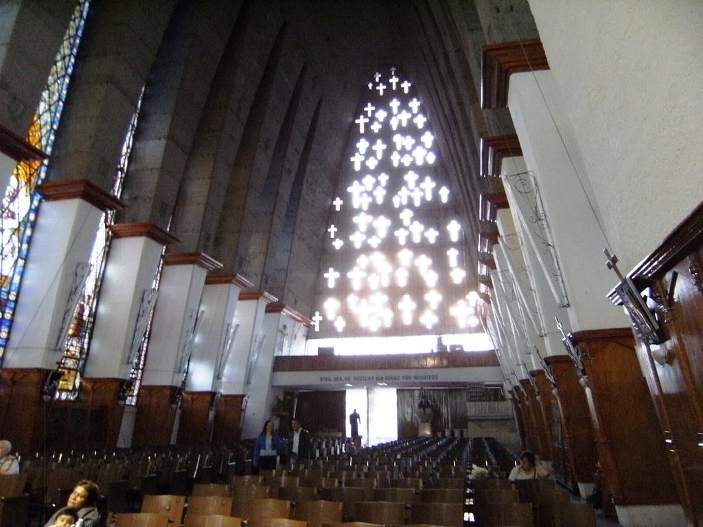 Vista del interior de la iglesia de Ocotlán