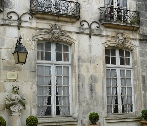 Hotel St Jean D Angely