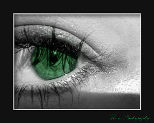 "The green eye/ 1st place en ""Creativos en Querétaro"" 