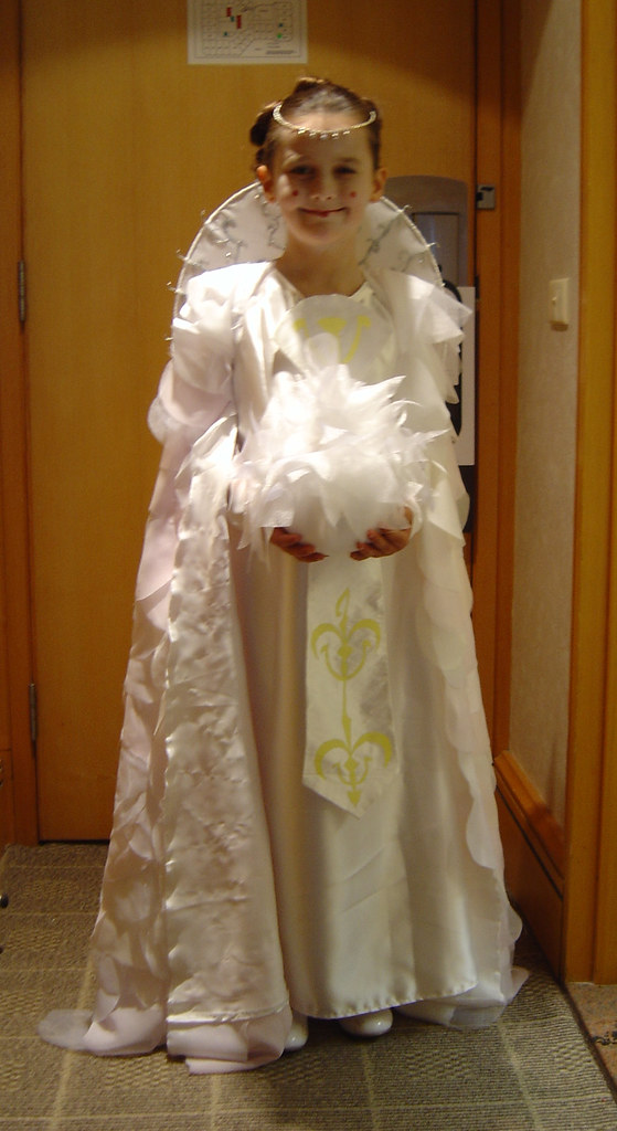 Queen Amidala - parade gown   Juliet in her completed Episod…   Flickr