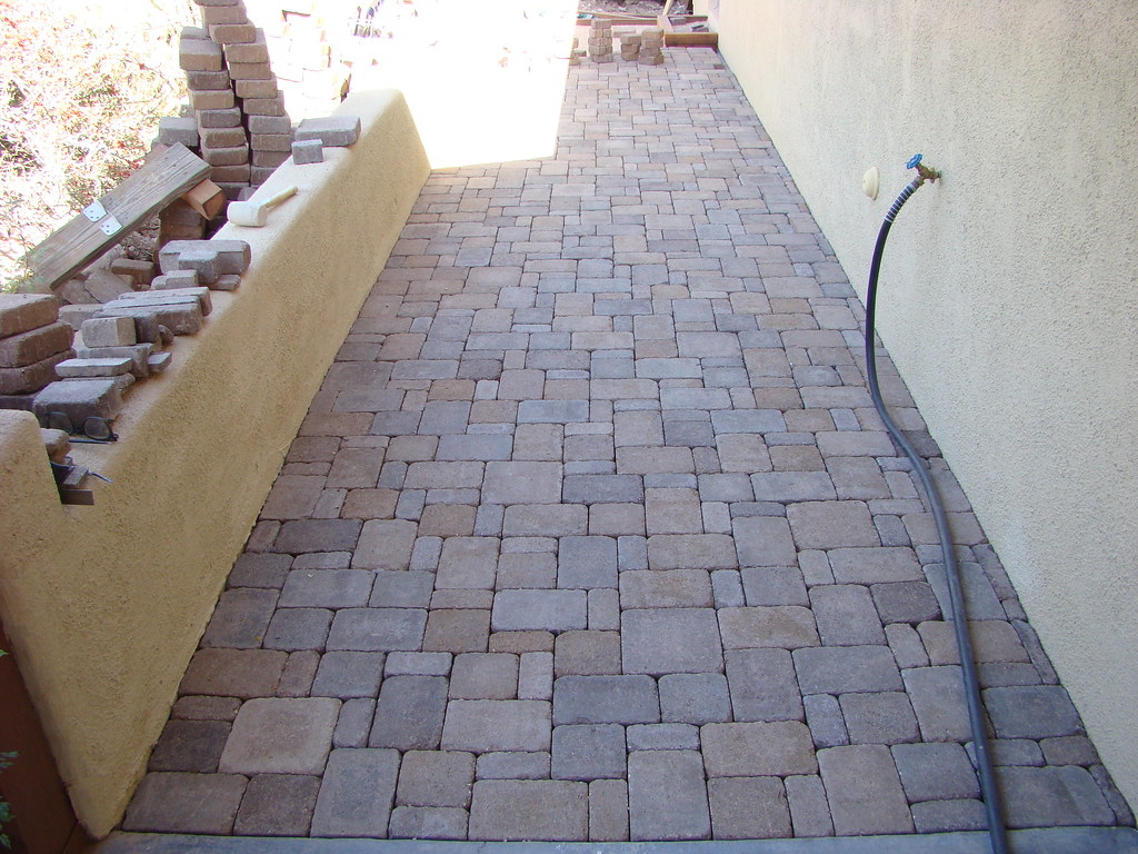 ... 20081115 Laying Concrete Tumbled Patio Pavers | By Lasertrimman