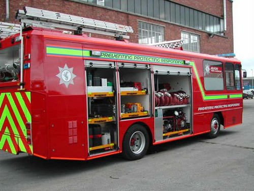 Bus To Fire Engine Conversion Avon Fire Amp Rescue Service