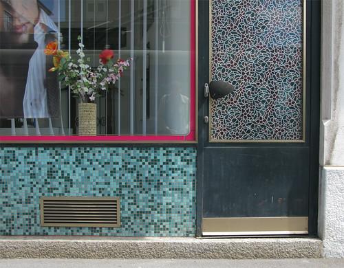 furieux avenue de france lausanne mb flickr. Black Bedroom Furniture Sets. Home Design Ideas