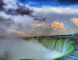 niagara falls | by paul bica