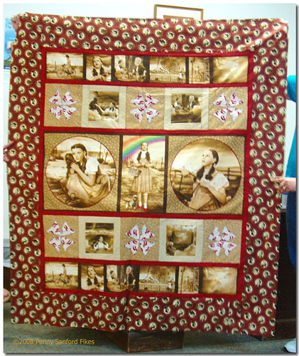 Mary Wallace: Wizard of Oz Quilt top | Forgive the wiggly, f… | Flickr : oz quilts - Adamdwight.com