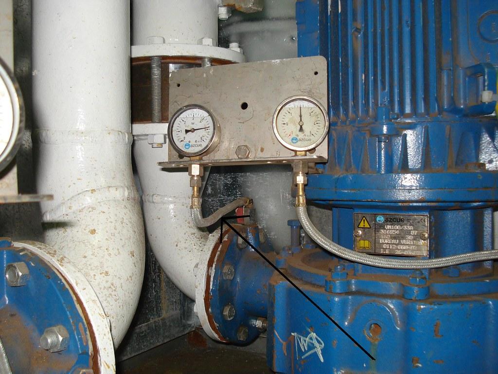 332 - Aux Cooler FW Pump | The Flexible Hose is Short (see p… | Flickr