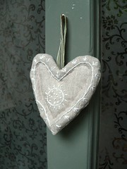 Linen embroidered heart | by Sue McLoughlin