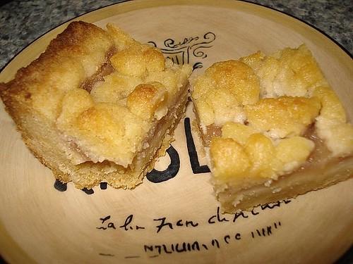 Apple Crumble Tea Cake