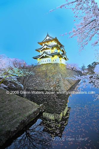 Sakura Castle Hirosaki.  © Glenn Waters.  Over 3,000 visits to this photo.  Thank you | by Glenn Waters ぐれんin Japan.